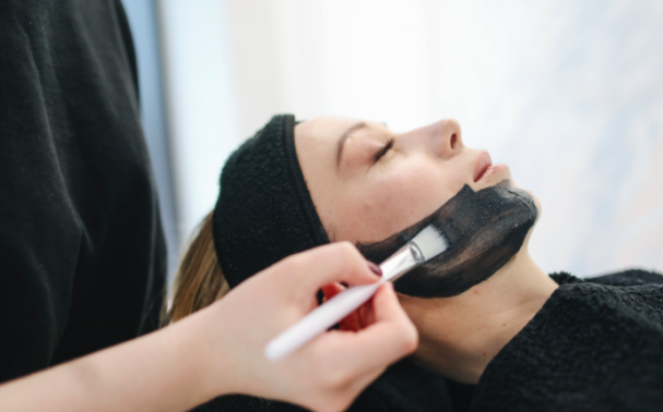 5 ways to increase the longevity of your results between treatments with skincare