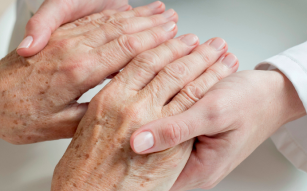 4 ways to combat age spots on the hands
